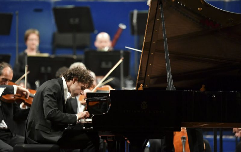 Leeds International Piano Competition - The Final and a tour of the